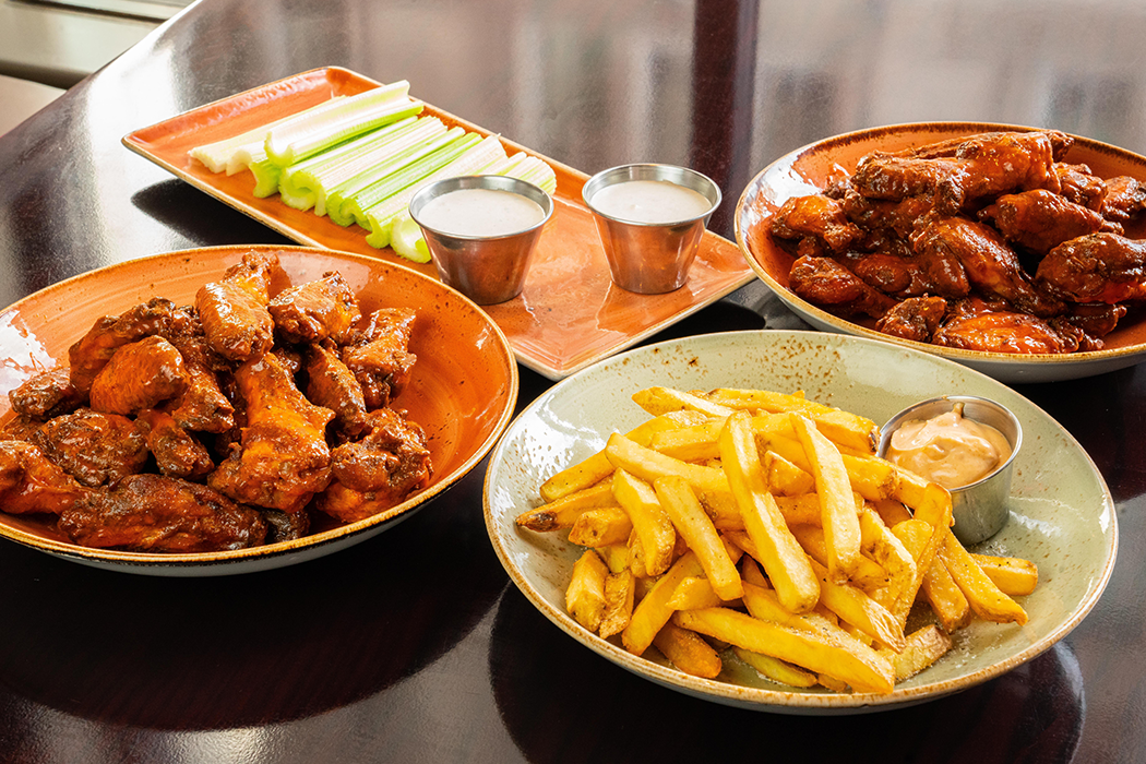 Classic Wings & Fries