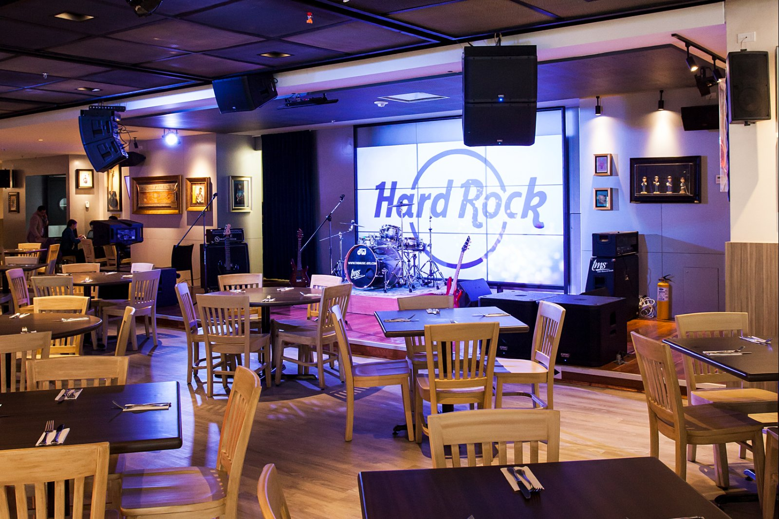 Live Music and Dining in Bogota, Colombia | Hard Rock Cafe Bogota