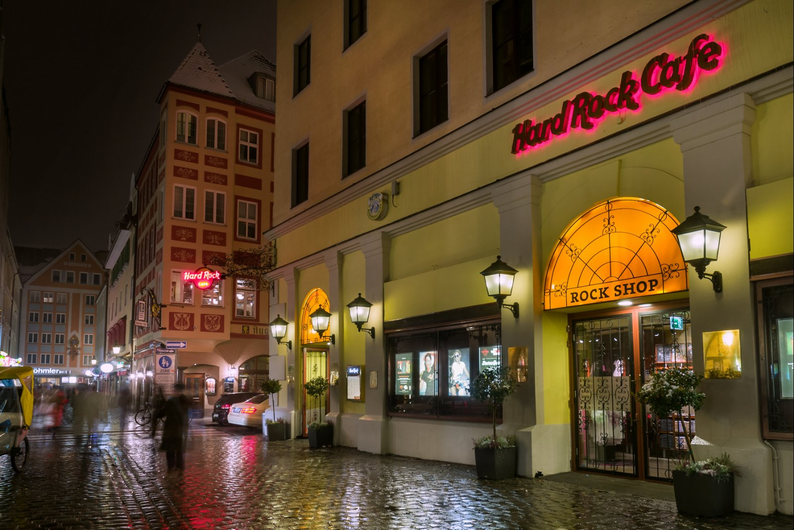 Live Music And Dining In Munich Germany Hard Rock Cafe Munich