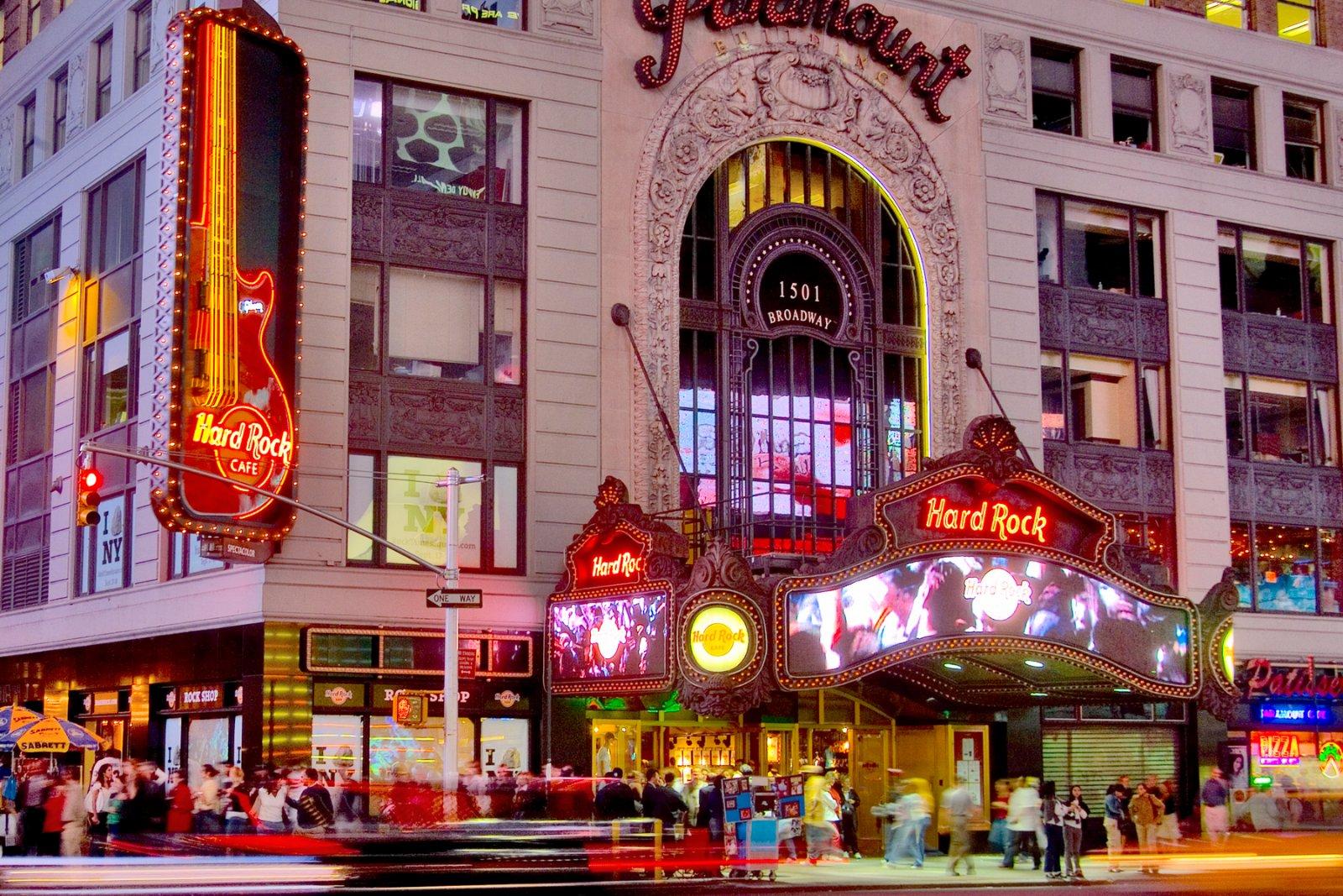 Dining In New York Ny Hard Rock Cafe